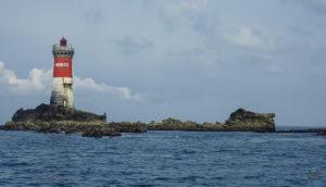 Phare des pierres noires dans l'archipel de Molène