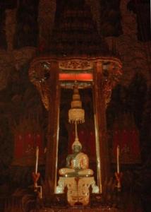 le bouddha d'emeraude au temple wat Phra kaeo