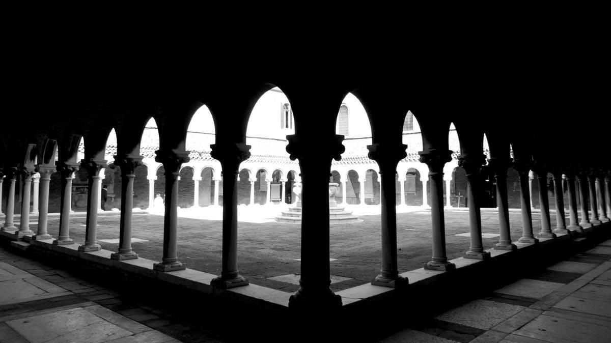 cloitre du cimetière de San Michele