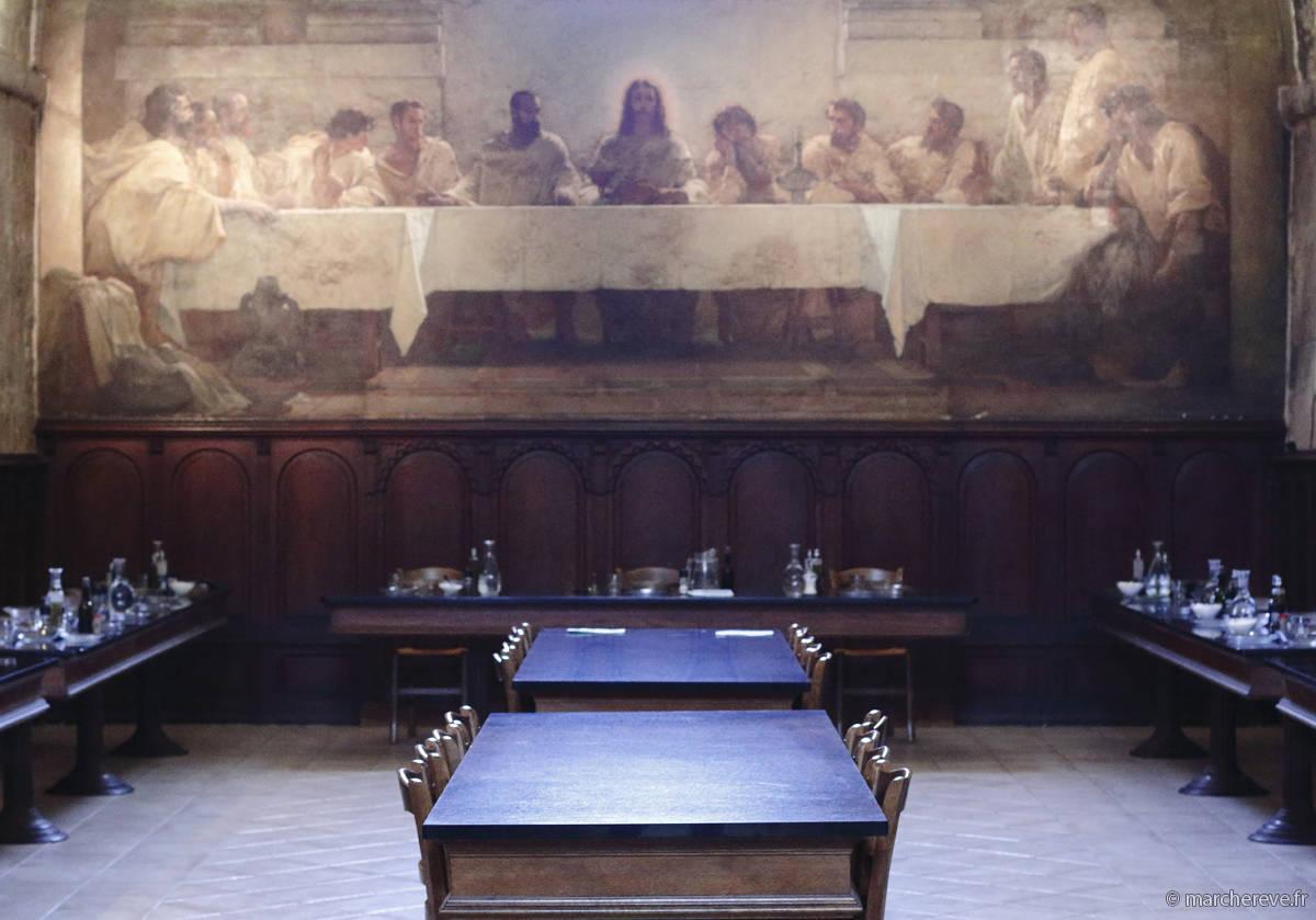 Refectoire du cloitre de l'abbaye de Lerins