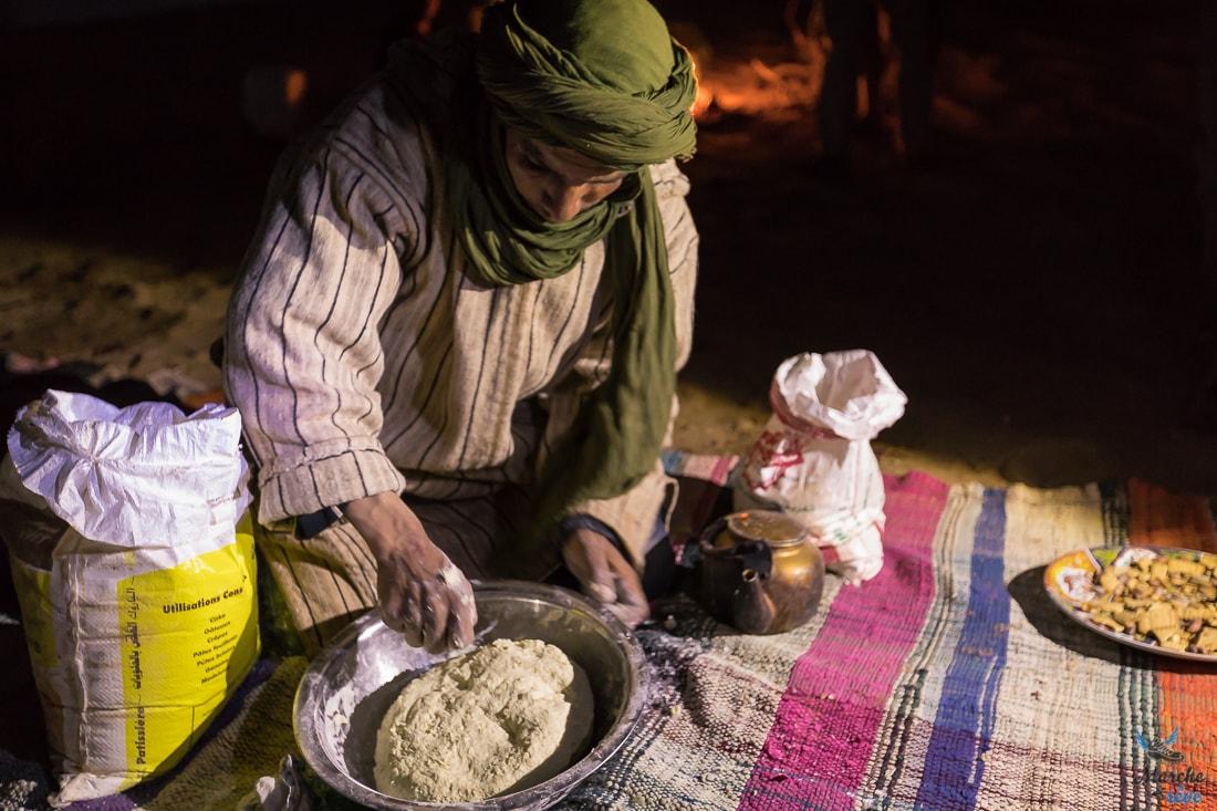 Trek désert fabrication de pain de sable